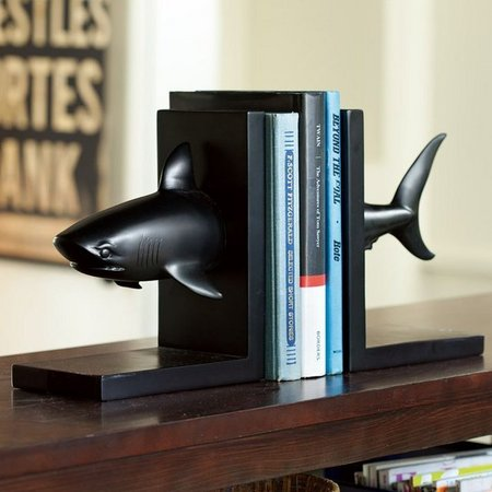 shark-bookend-1.jpg