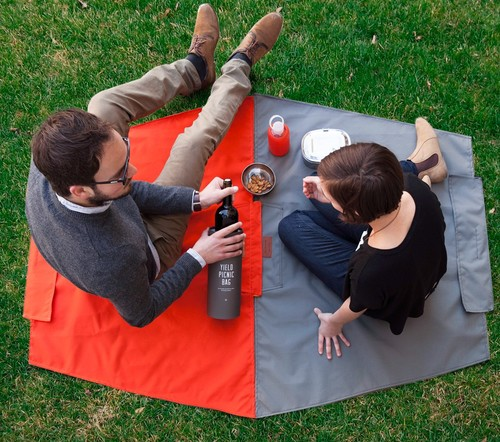 Picnic-Blanket-bag.jpg