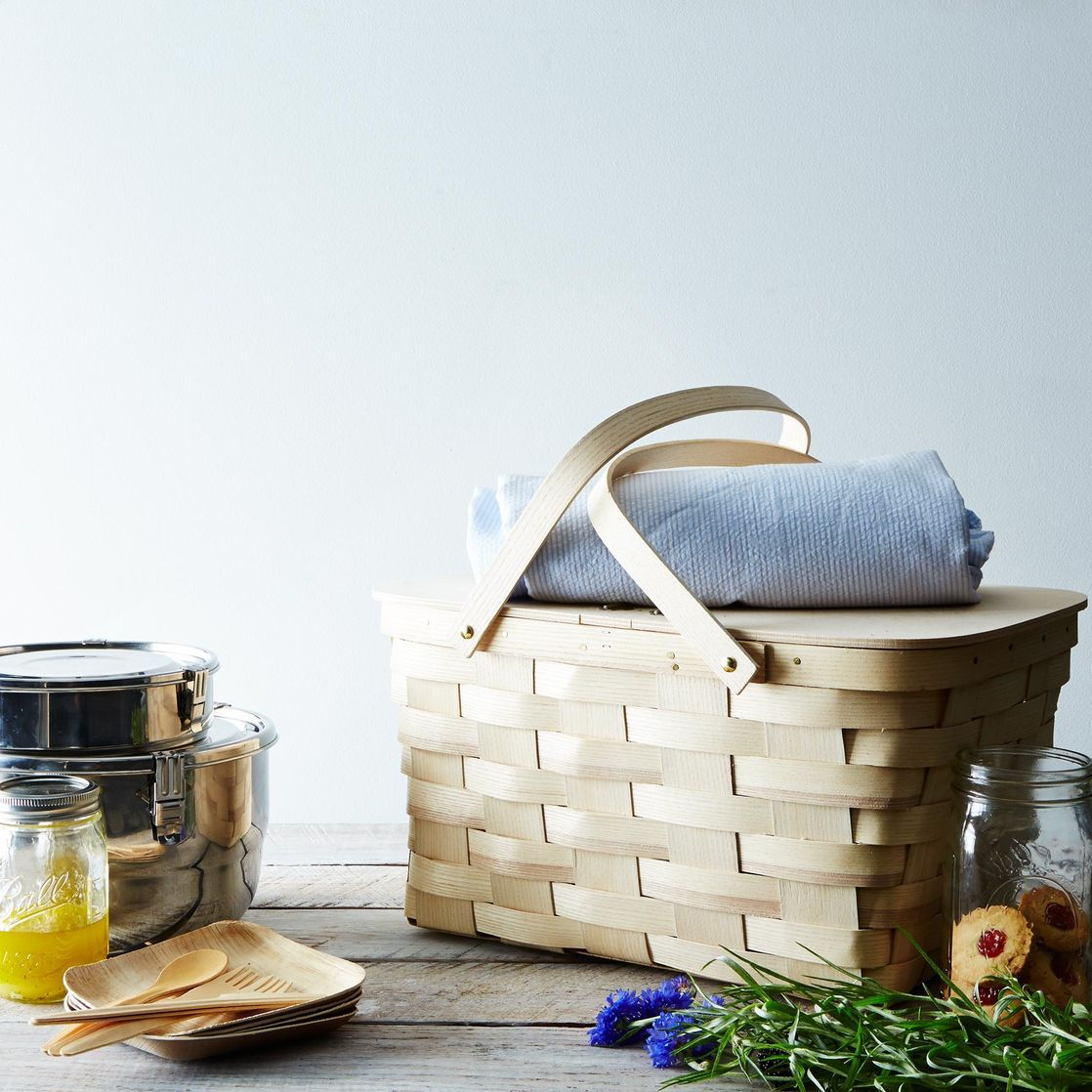 Picnic Basket Business : Wedding registry ideas for newlywed date nights