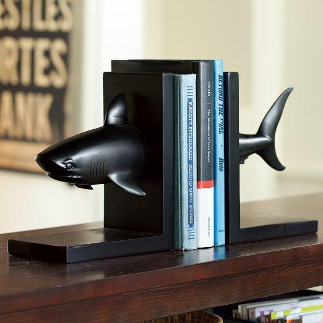 shark-bookend-1.jpg